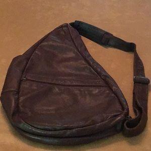 Burgundy AmeriBag leather shoulder bag.